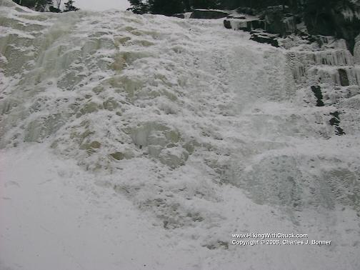 FrozenWaterfall_3_20070310.JPG
